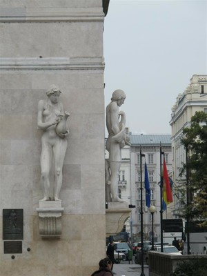 Shivering Statues