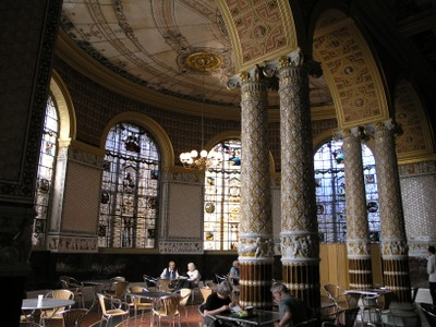 Cafe in the Victoria and Albert Museum