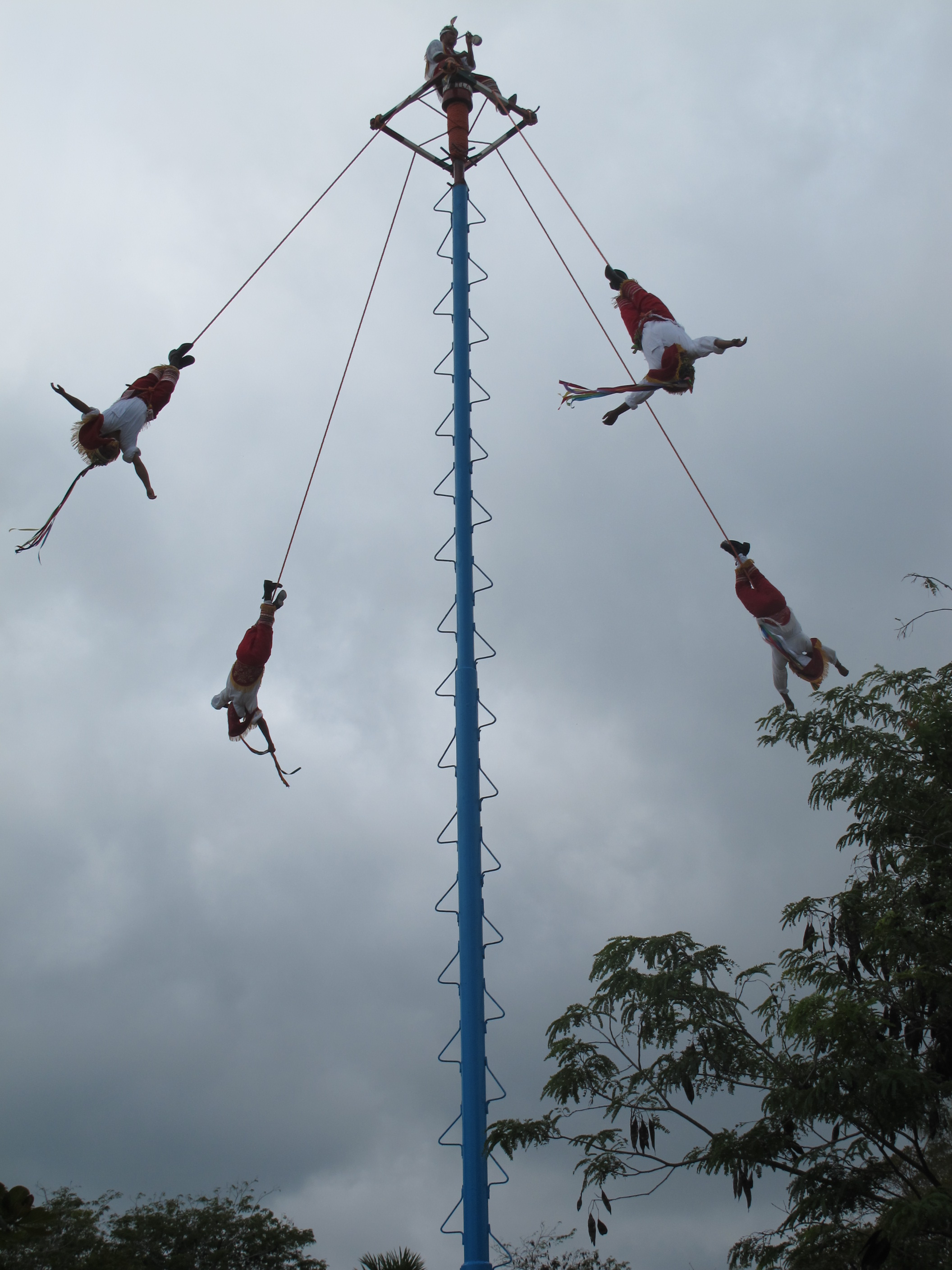 Mayan Pole Flyers at Tulum