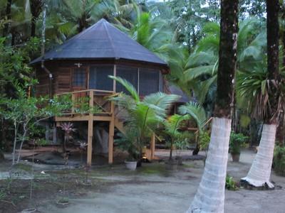 Cute hut on Isla Carenero