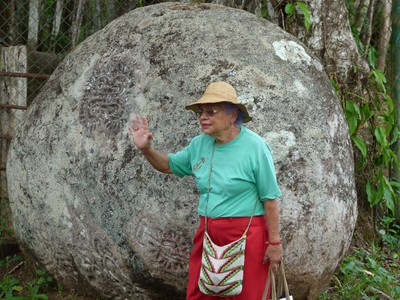 Dr. Graciela describes the lifestyle of the people who carved these stones
